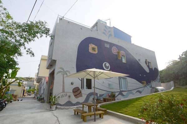 小琉球民宿-潛鯨小島